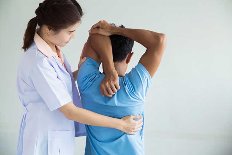 بهترین راه درمان کمر درد