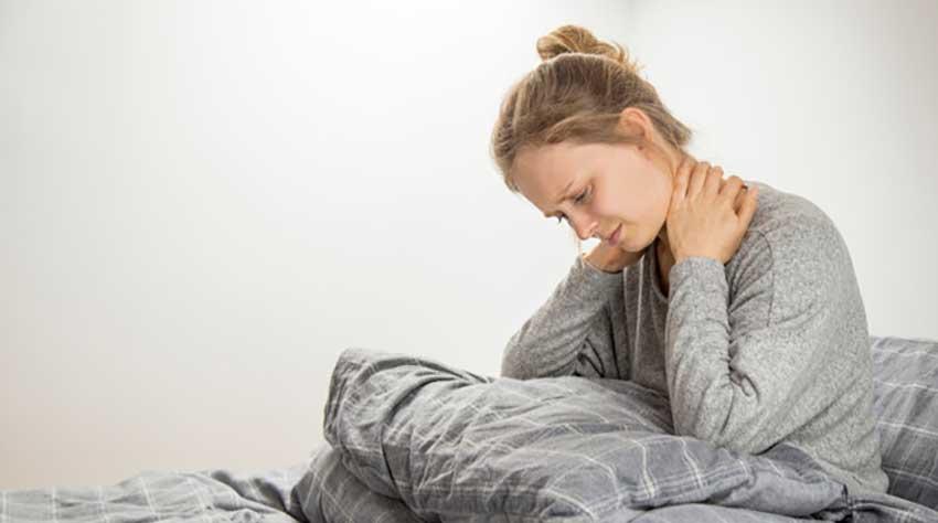 علت های گردن درد